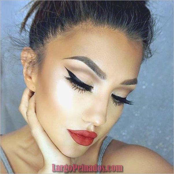 Ojos de maquillaje con capucha-y-tutorial-10
