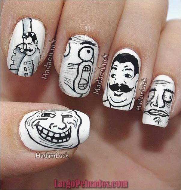 Diseños de uñas en blanco y negro (14)