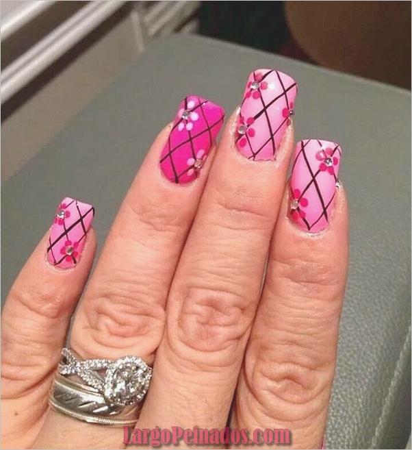 Diseños de arte de uñas fáciles para principiantes23
