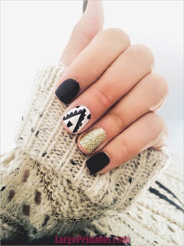 Ideas y diseños de uñas de año nuevo (5)