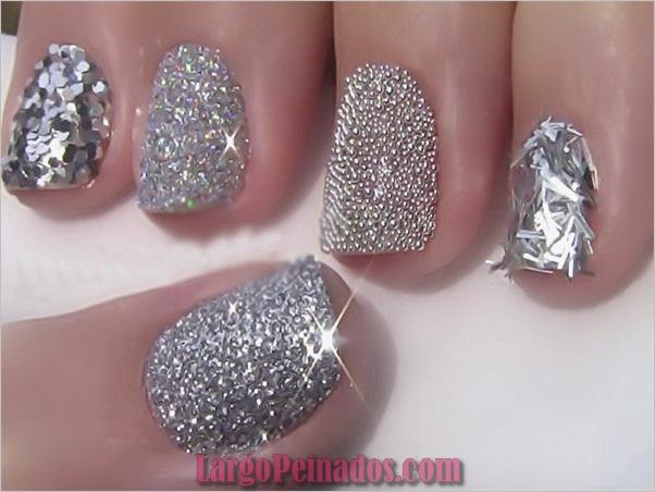Diseños simples de arte de uñas con purpurina1