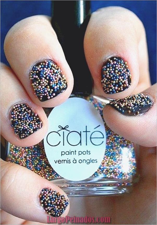 Diseños de arte de uñas con purpurina simple2