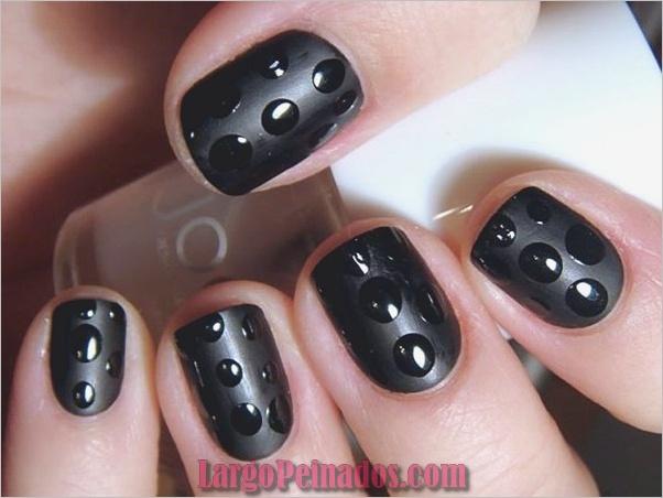 Diseños de arte de uñas negro4