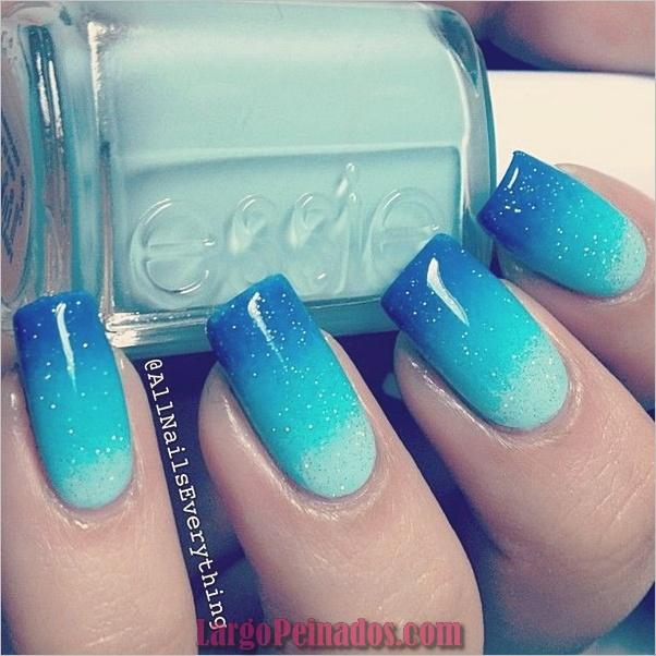 Ideas y diseños de arte de uñas azules (55)
