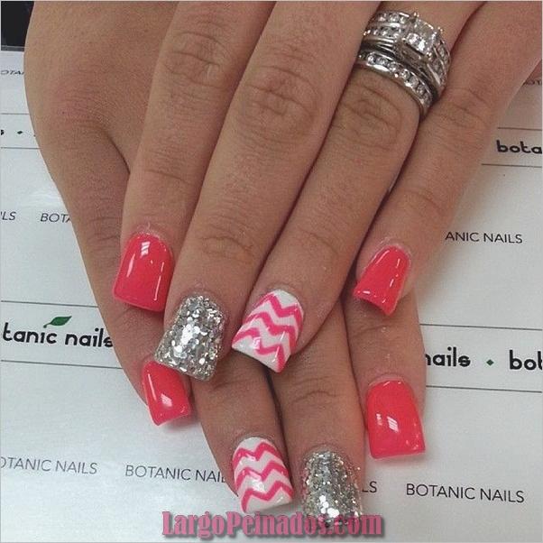 Diseños de arte de uñas simples para uñas cortas (30)