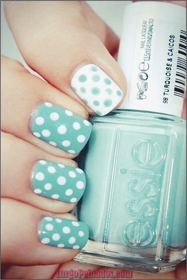 Ideas y diseños de arte de uñas azules (30)