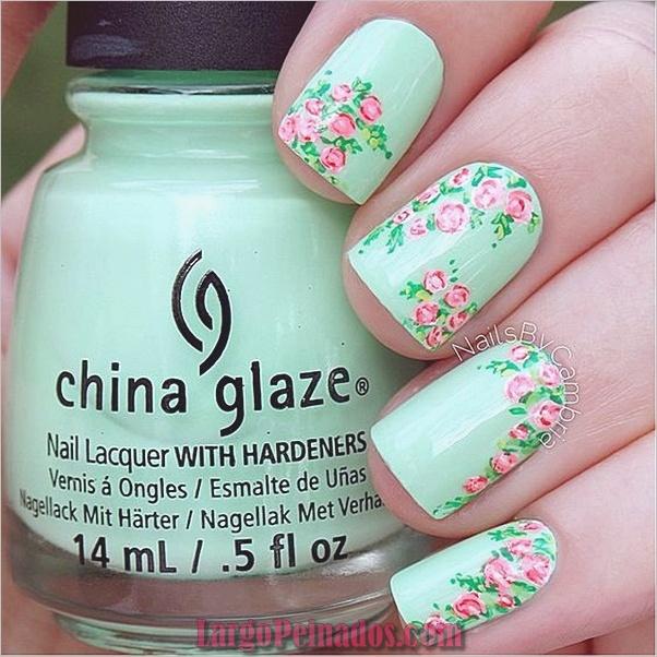 menta-verde-uñas-con-diseño-9