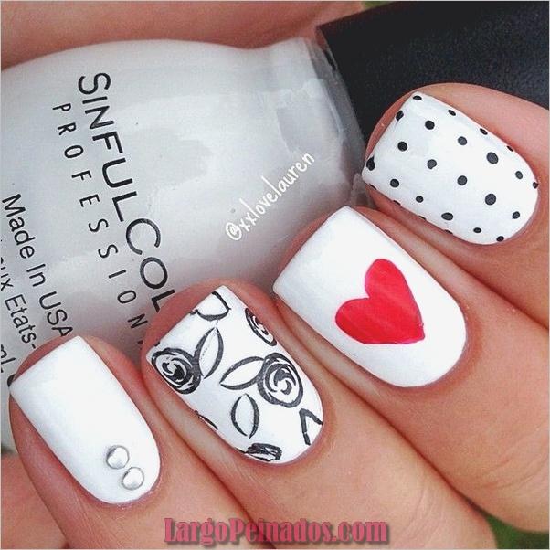 Diseños de arte de uñas blancas (25)