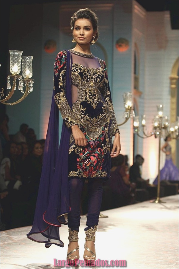 Elegantes vestidos y trajes indios3.1