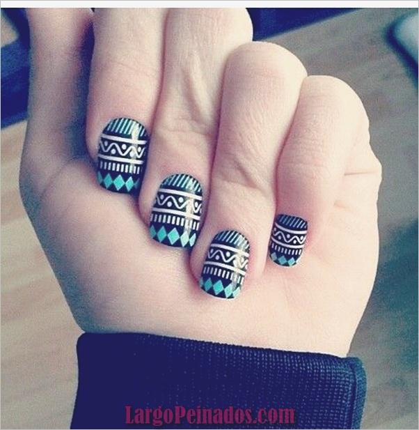 Ideas y diseños de arte de uñas azules (28)