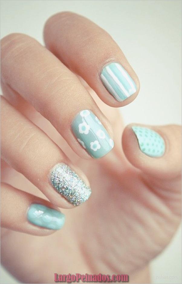 Ideas y diseños de arte de uñas azules (54)