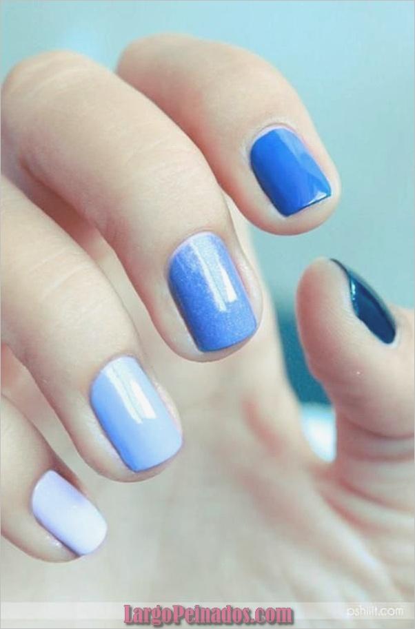Ideas y diseños de arte de uñas azules (52)