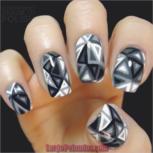 Diseños de uñas en blanco y negro (11)