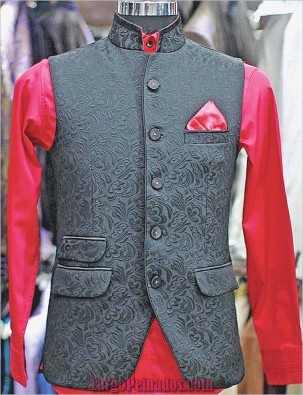 Elegantes vestidos y trajes indios32