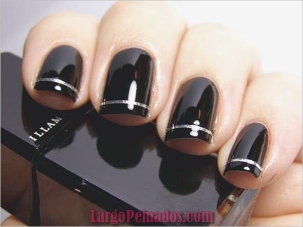 Diseños de arte de uñas negras 1.1