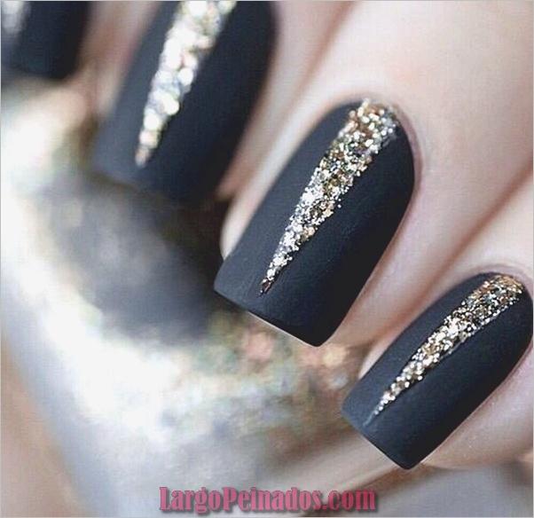Ideas y diseños de uñas de año nuevo (3)