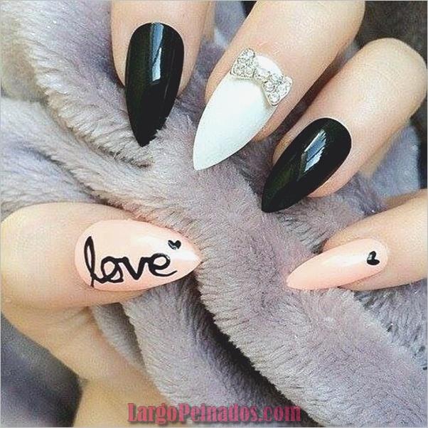Diseños de uñas puntiagudas de almendra (10)
