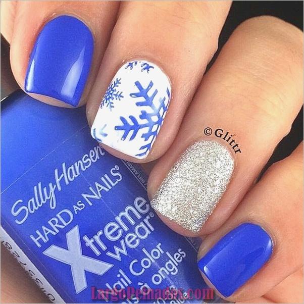 Ideas y diseños de arte de uñas azules (1)