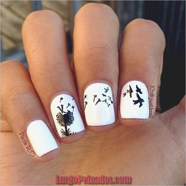 Diseños de uñas en blanco y negro (2)
