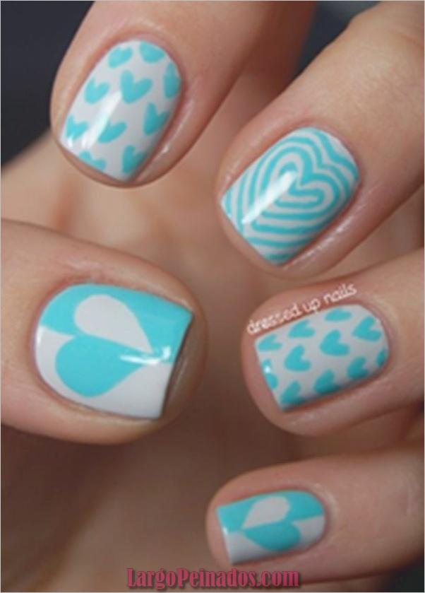 Ideas y diseños de arte de uñas azules (19)