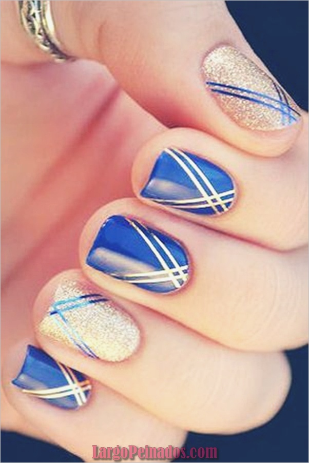 Ideas y diseños de arte de uñas azules (7)