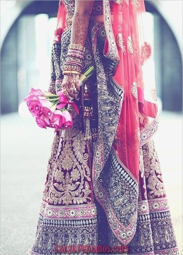 Vestidos y trajes indios elegantes37