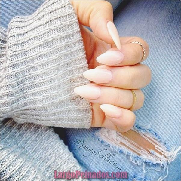 Diseños de uñas puntiagudas de almendra (15)
